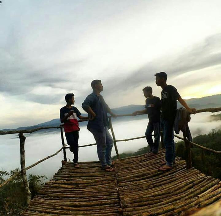 Indahnya Wisata Alam Negeri Di Atas Awan Kabupaten Lebak